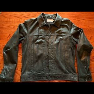 VINCE BLACK LEATHER TRUCKER JACKET SIZE:M